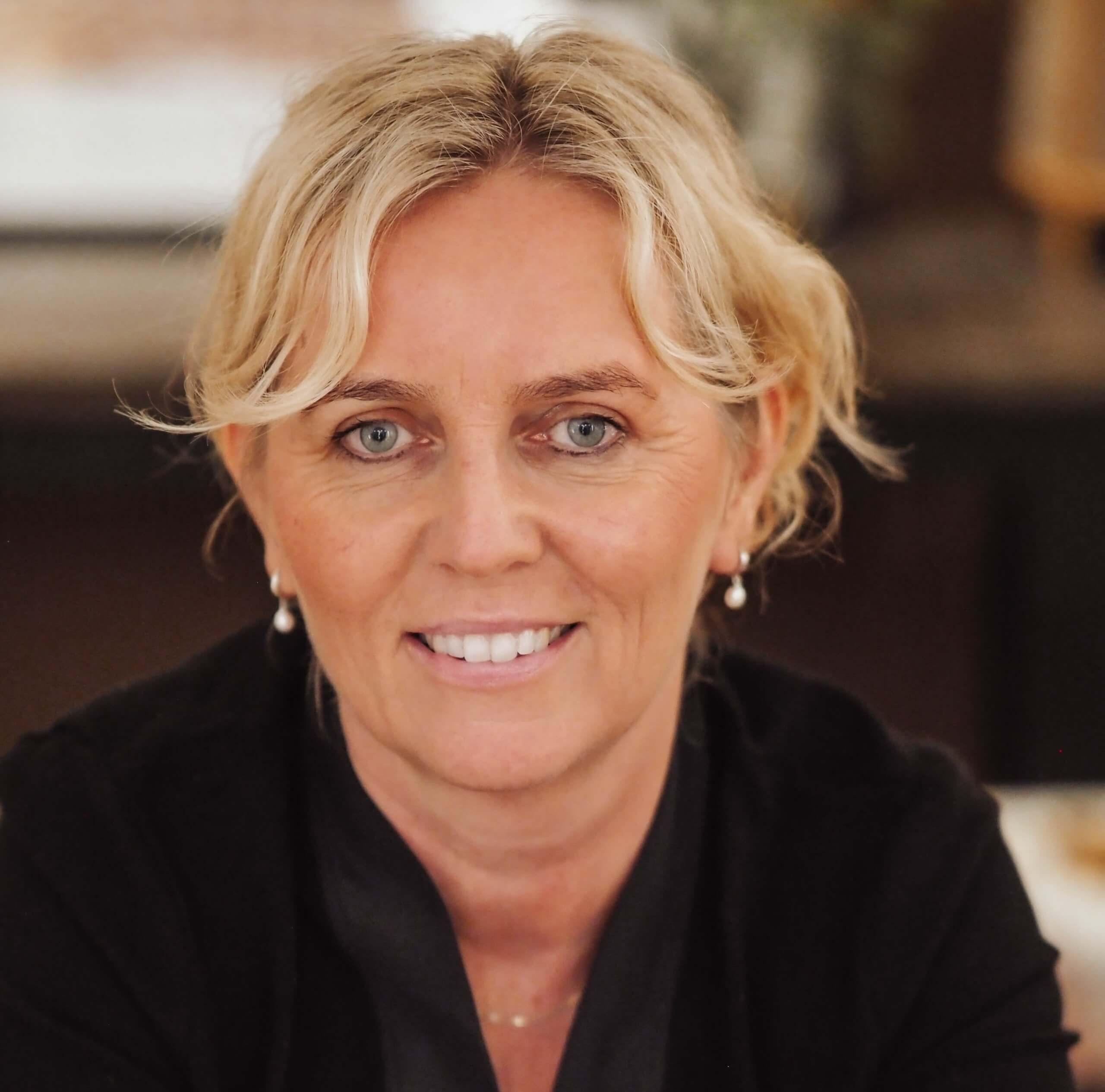 Mirjam van der Laan Mediator